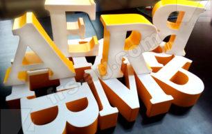 Объемные буквы с засечками
